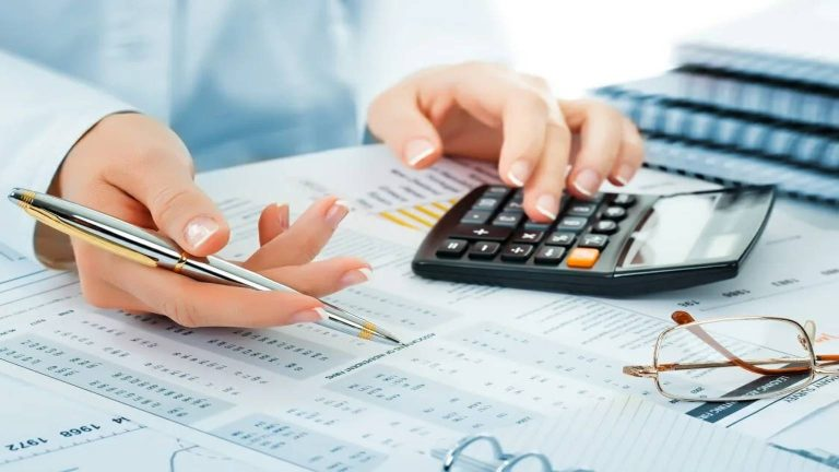 How to Use Chartered Accountant Services?